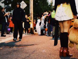 halloween-parade-new-paltz